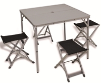 Con.ver - Ixeo table with stools